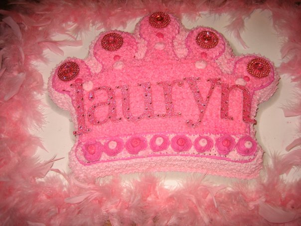 princess cake with boa