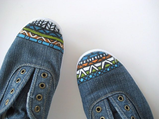 DIY aztec inspired shoes