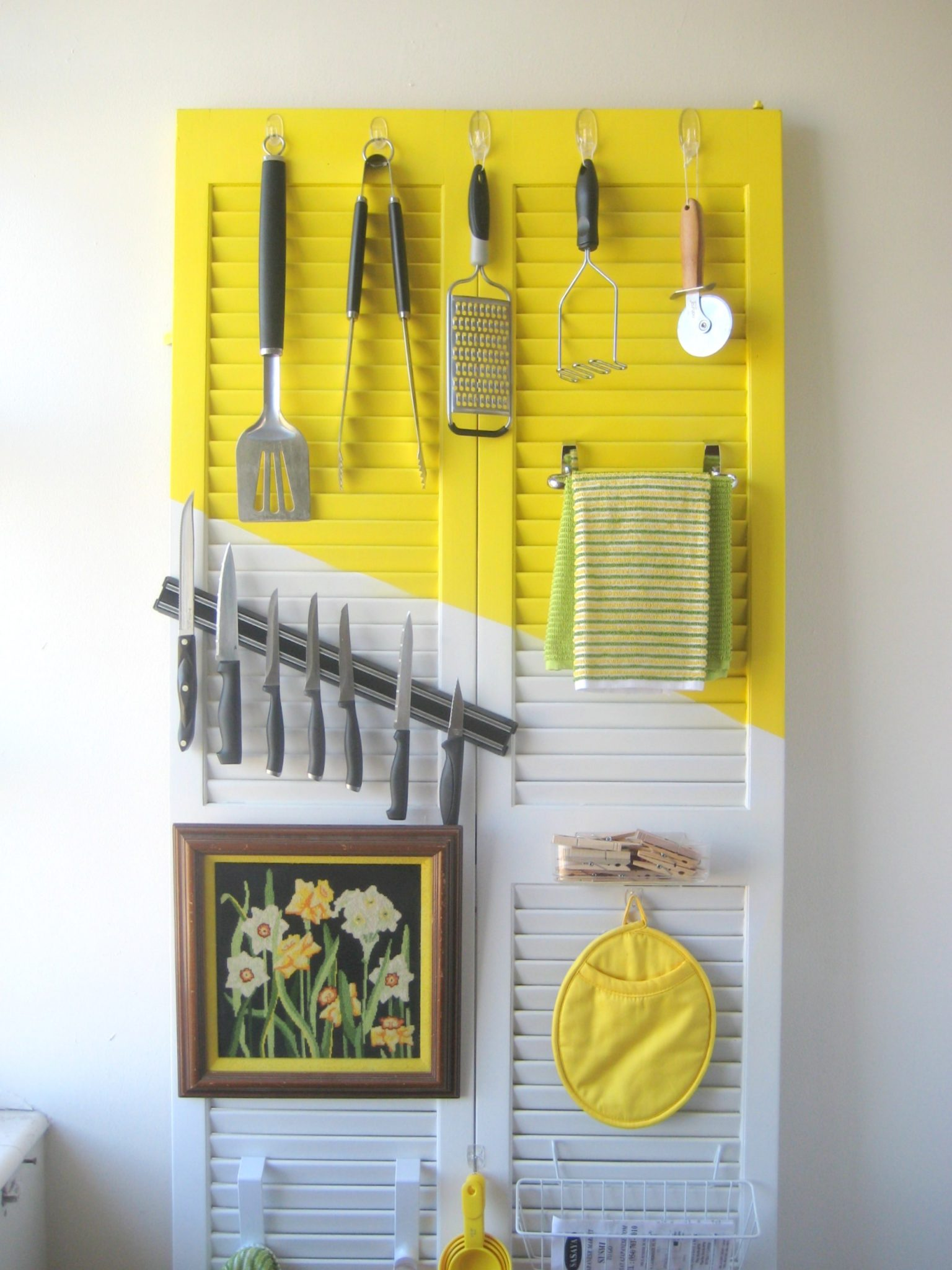 How to organize a kitchen (with a door!) - C.R.A.F.T.