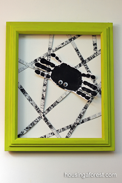 Handprint spider art