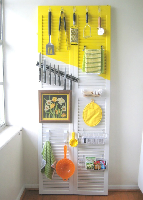 how to organize a kitchen with doors