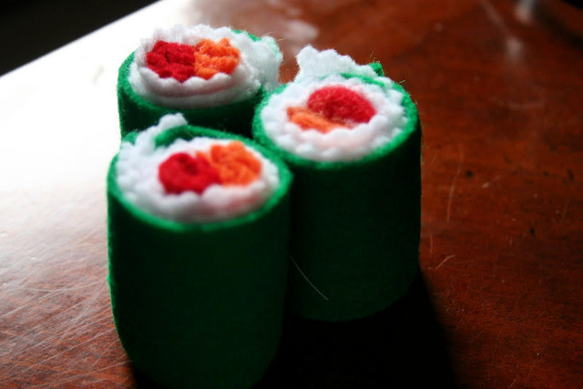 DIY felt sushi