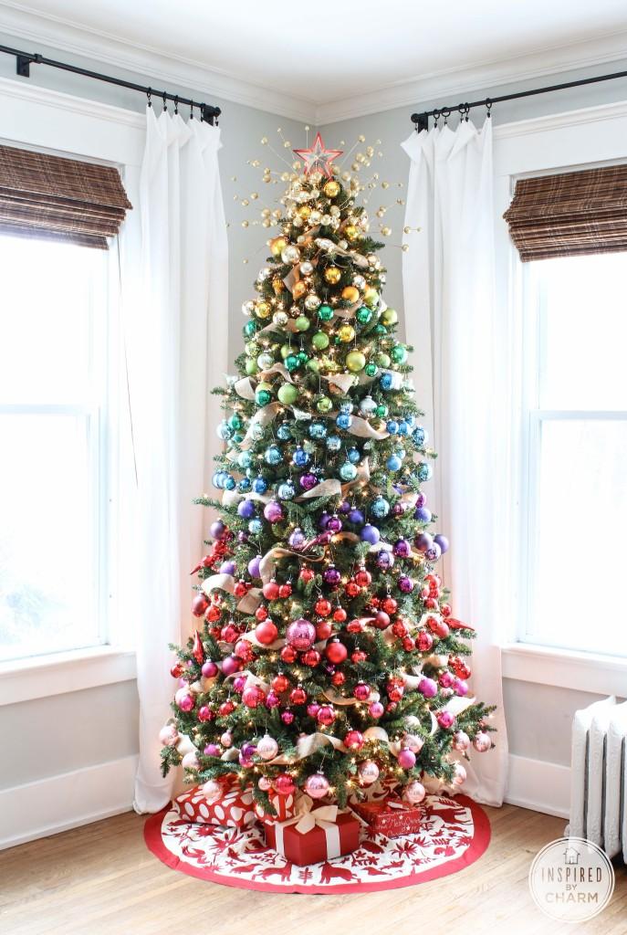Modern Christmas Tree Decorating.Christmas Tree Themes C R A F T