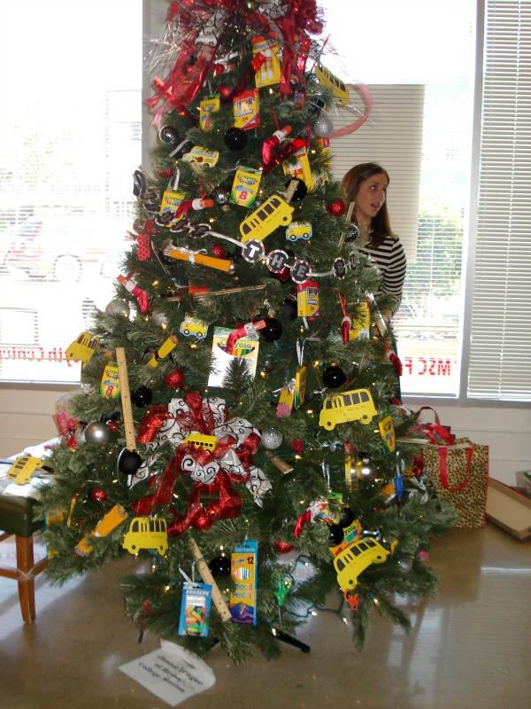 Christmas Tree Decorating Ideas Crafts Part - 33: School Themed Christmas Tree