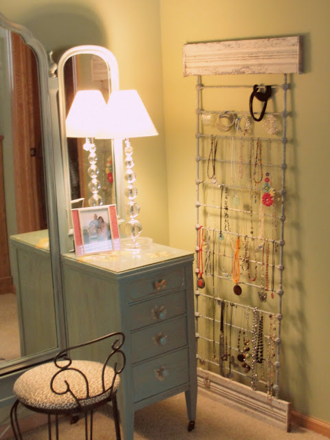 Jewelry organizer made out of a crib