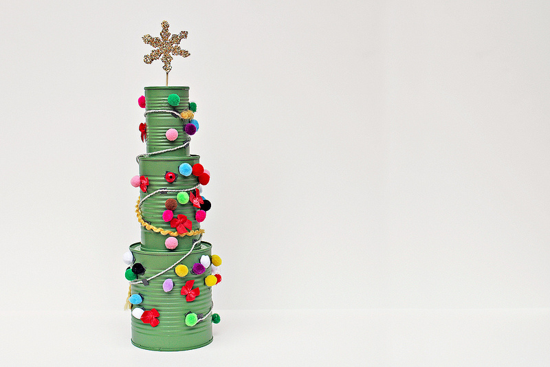 49 tin can crafts c r a f t for Christmas tree decorations you can make at home