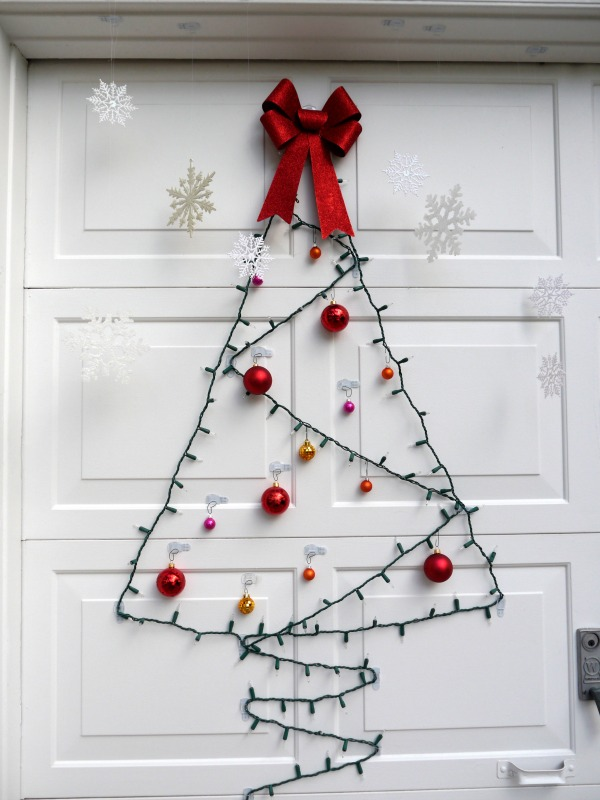 Diy christmas decorations in casa de dorobek c r a f t for Outdoor christmas wall decorations