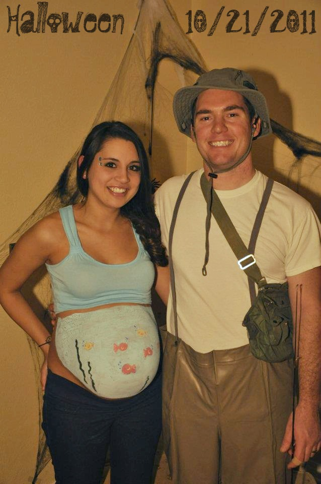pregnant halloween costumes - Pregnant Halloween Couples Costumes