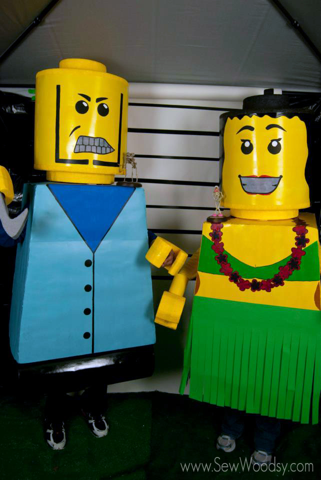 Lego people couple costume
