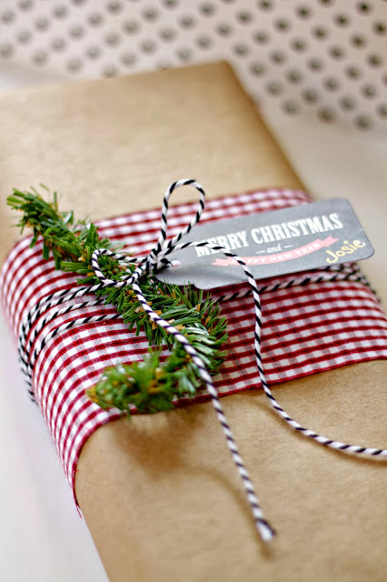 use old clothes to wrap gifts