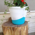 Pots and stumps {Front porch makeover}