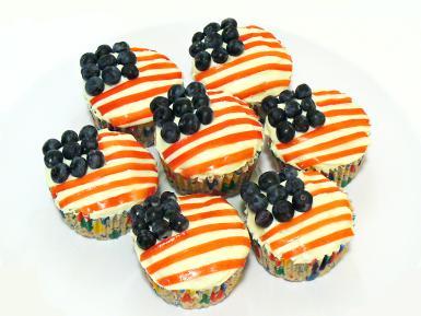 Flag cupcakes