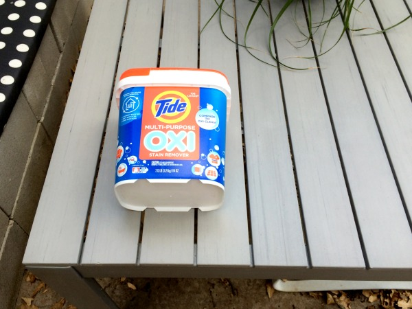 Clean furniture with Tide Oxi