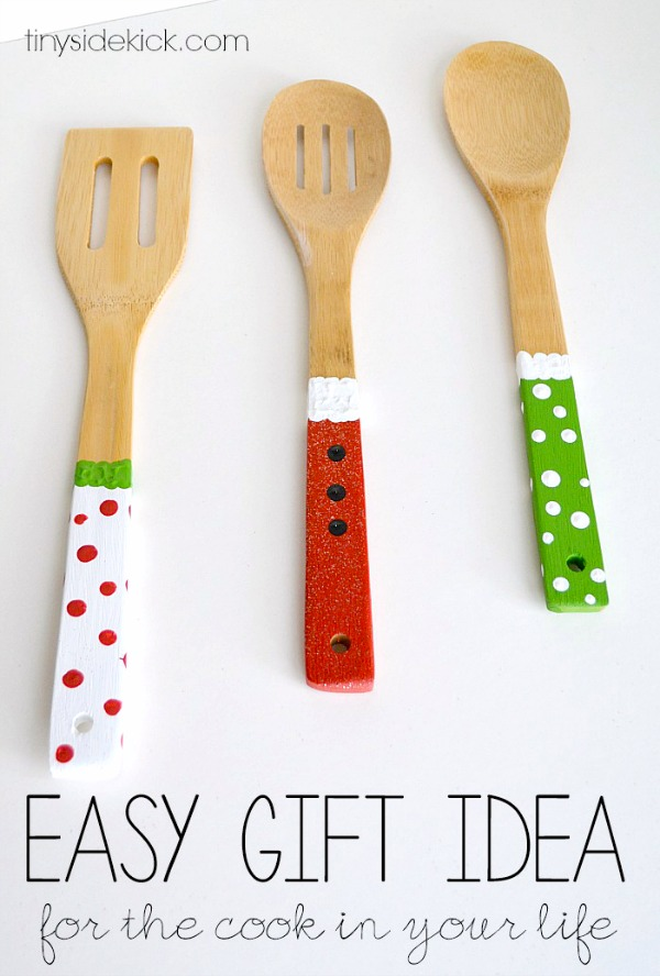 homemade gift ideas painted wooden spoons c r a f t. Black Bedroom Furniture Sets. Home Design Ideas