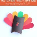 Thanksgiving crafts {Free printable turkey boxes}
