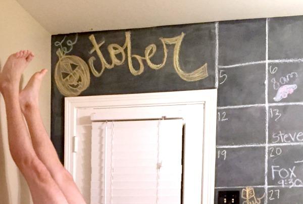 Chalkboard calendar decorations