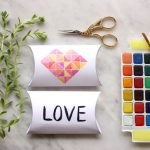 Valentine crafts: Water color pillow boxes