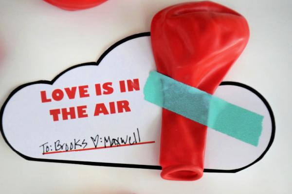 Free printable Valentine balloon