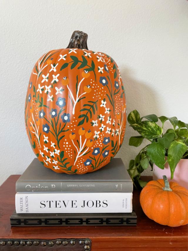DIY pumpkin painting