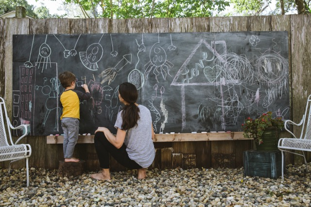 How to make a backyard fence chalkboard