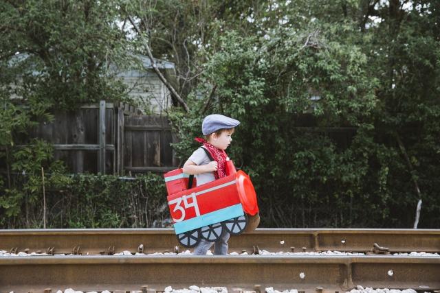 How to make a cardboard box train