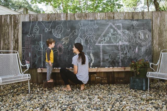 diy backyard chalkboard