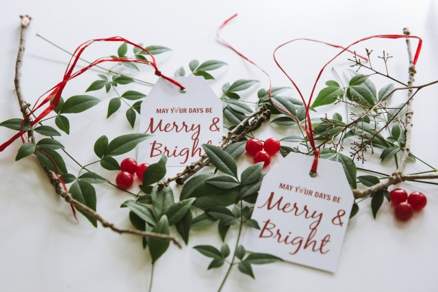 Merry and Bright free printable gift tags