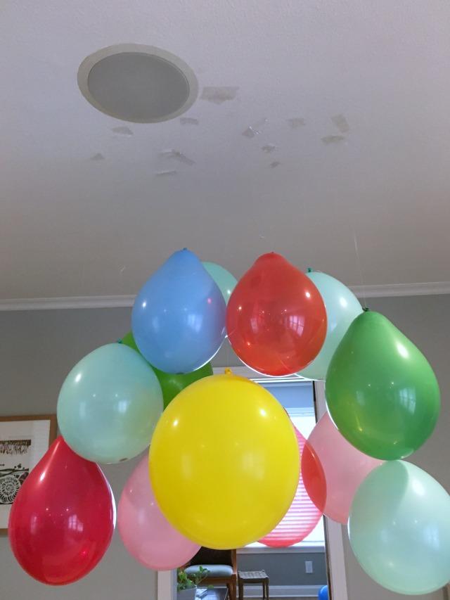 Balloon Chandelier tutorial