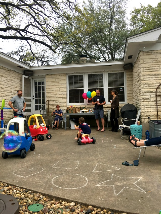 How to throw a Backyard birthday party