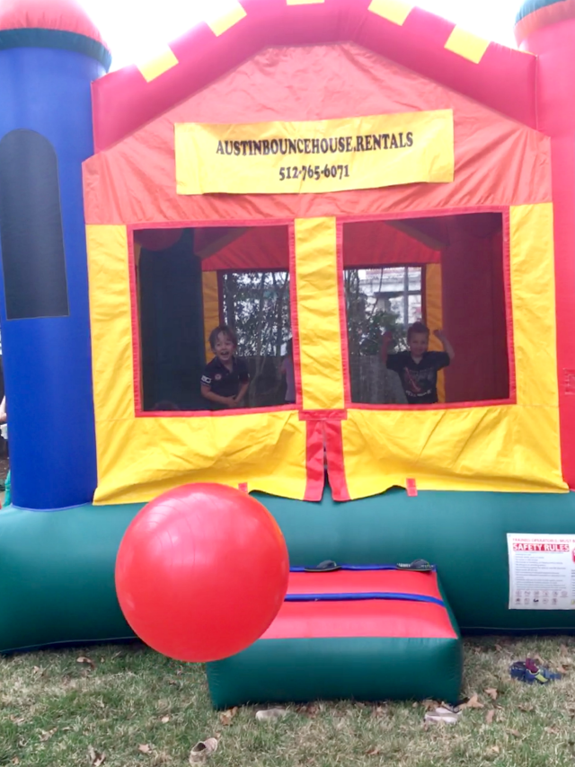 bounce house backyard birthday for kids