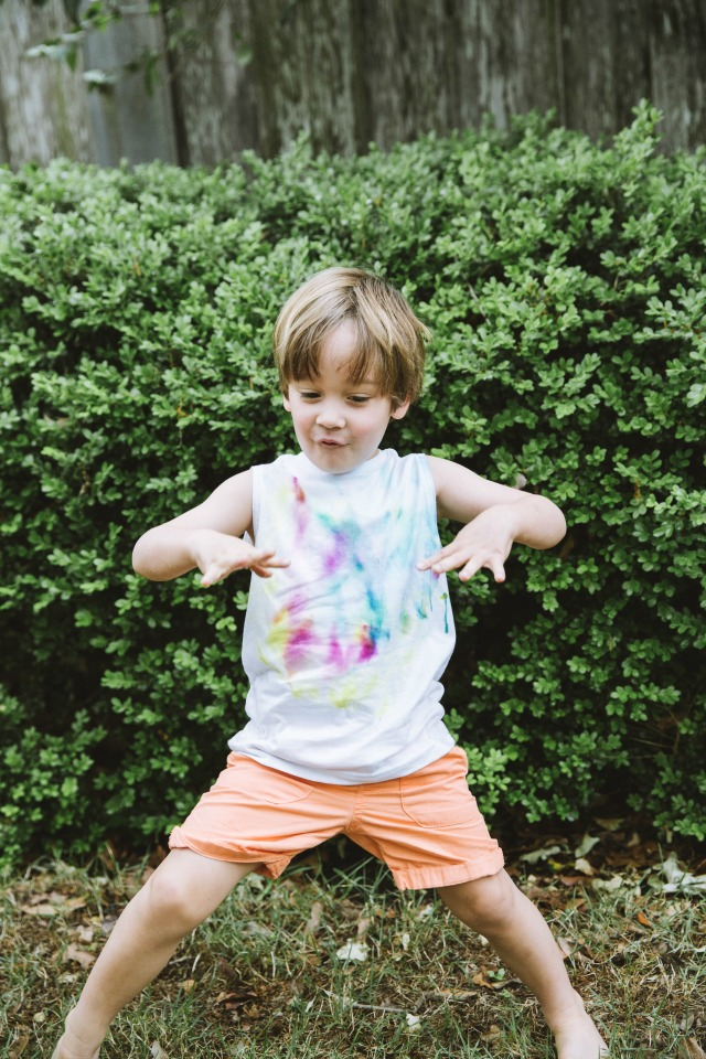 How to make sharpie tie dye tshirts with kids
