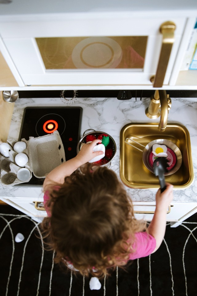 Ikea play kitchen hack with spray paint