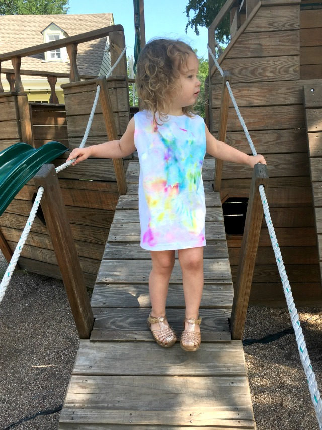 Sharpie tie dye with kids