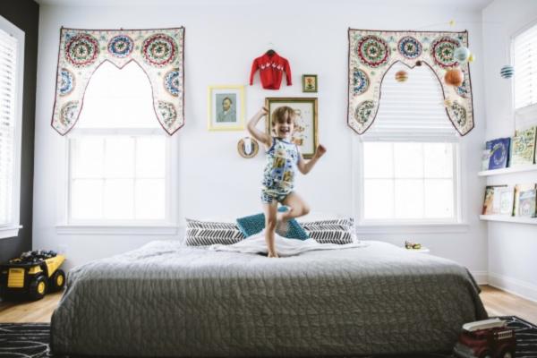 Black and white child's bedroom