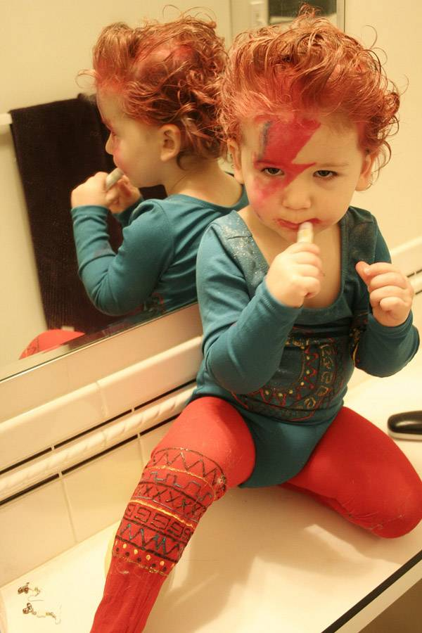 Baby Bowie costume