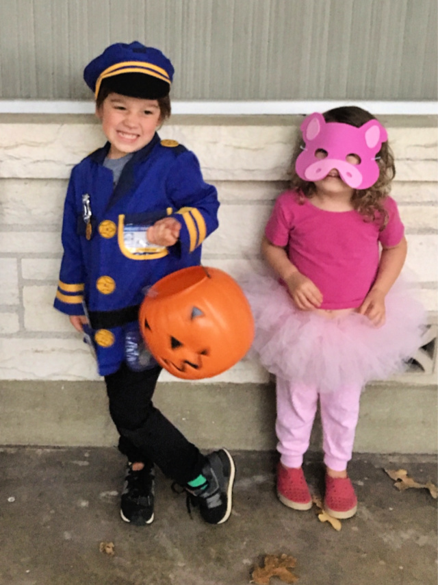 DIY piggie costume