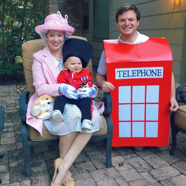 Queen Elizabeth family costume