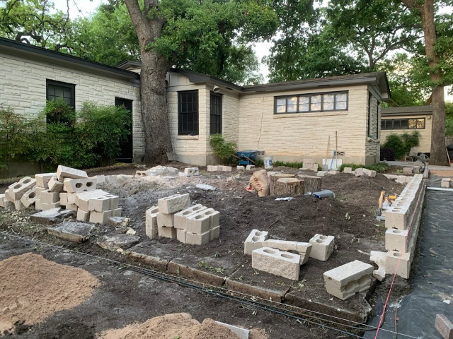 Backyard makeover with Pavestone