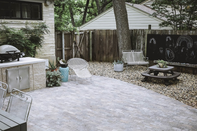 Pavestone paver backyard makeover