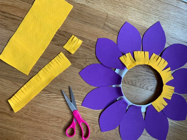 DIY paper plate flower costume