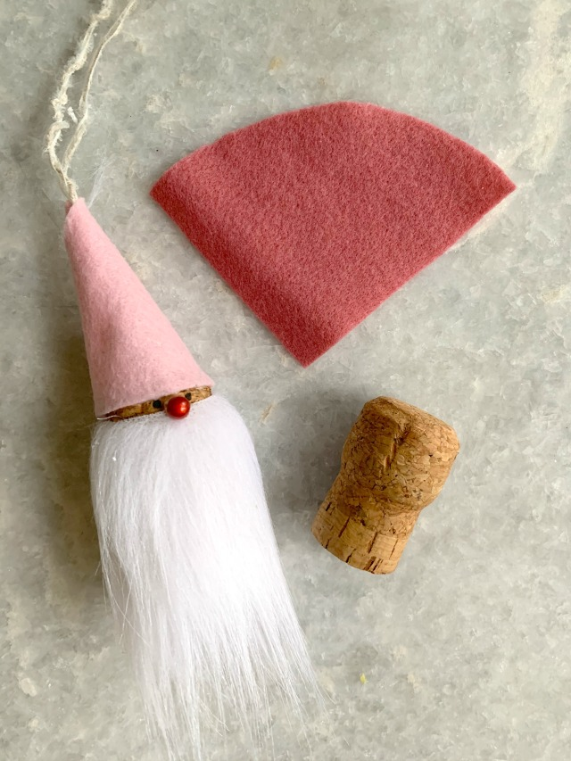 How to make a gnome ornament