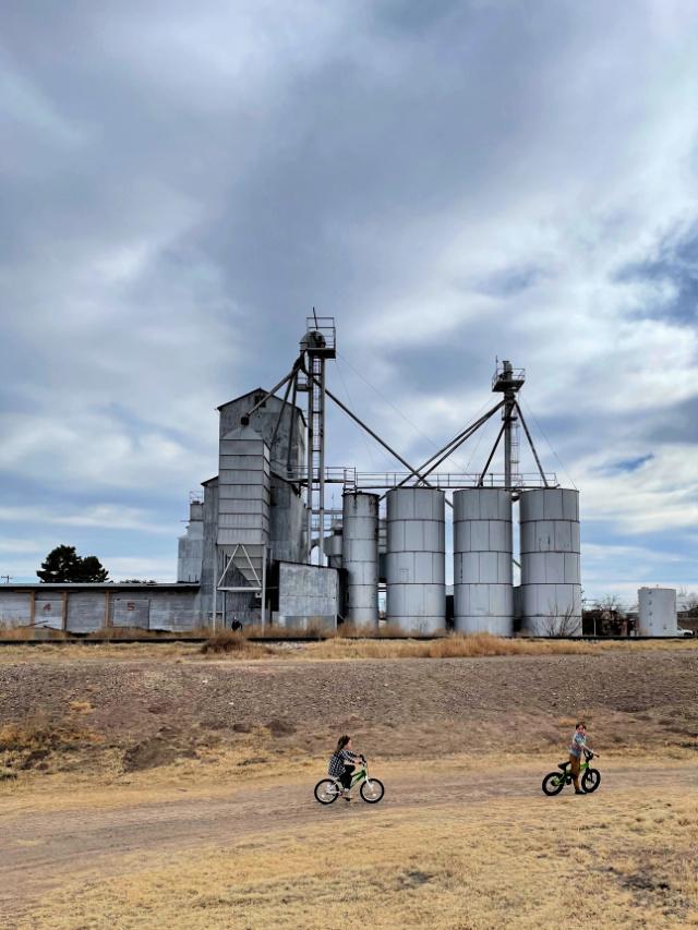 Ride bikes in marfa texas