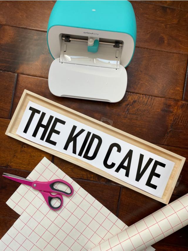 Modern kids playroom sign